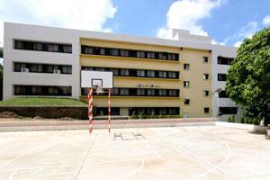 Sadabai Raisoni Women\'s College