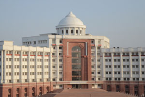 Babu Banarasi Das University