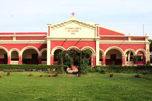 St. Agnes' Loreto Day School,  Lucknow